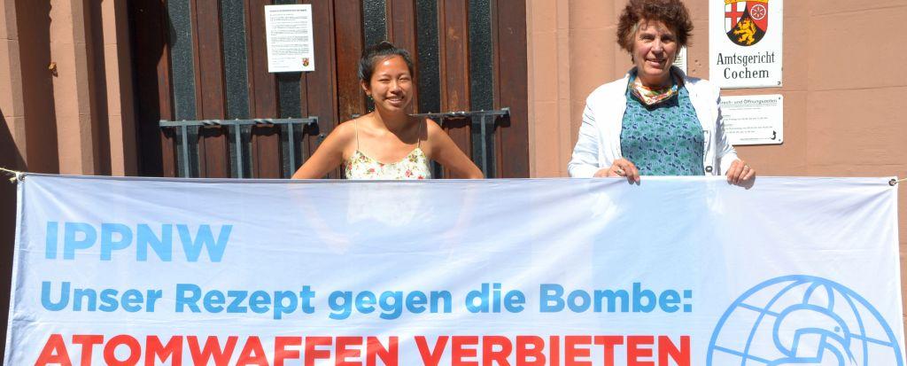 Foto vom 24 6 2020 vor dem Amtsgericht Cochem 1 quer